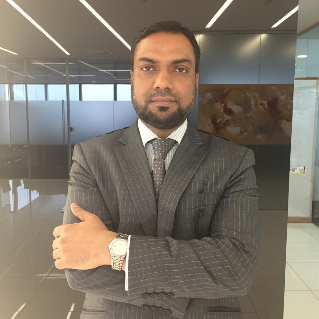 Munawar Hussain, FCCA